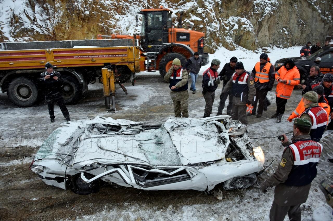 Gümüşhane'de Feci Kaza: 2 Ölü