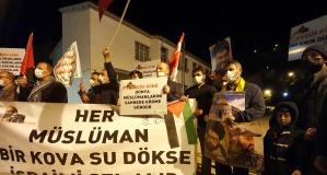 Gümüşhane caddelerinde 'Katil İsrail defol' sloganları
