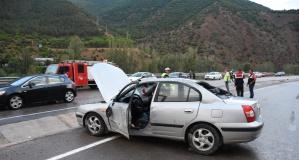 Gümüşhane'de iki ayrı trafik kazasında 10 kişi yaralandı