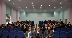 Öğrenciler meclis başkanını seçti
