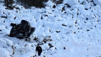 Zigana dağında kamyonet uçuruma yuvarlandı: 1 yaralı