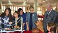 Emine Erdoğan'dan Gümüşhaneli Çocuklara Hediye