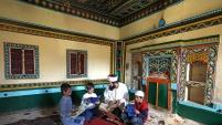 Genç Fotoğrafçılar Sarıçiçek köy odalarını ziyaret etti