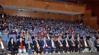 Gümüşhane'de öğrencilerden kahramanlığa dair şiir ve türkü dinletisi