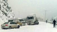 Zigana'da kar yağışı etkili oluyor
