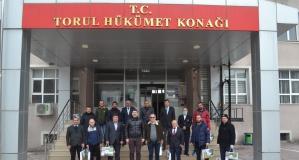 Torul'da Vefa grubuna pestil-köme ikramı