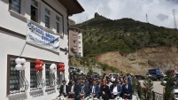 Gümüşhane Belediyesi'nin gündüz yaşlı bakımevi ve engelsiz yaşam evi açıldı