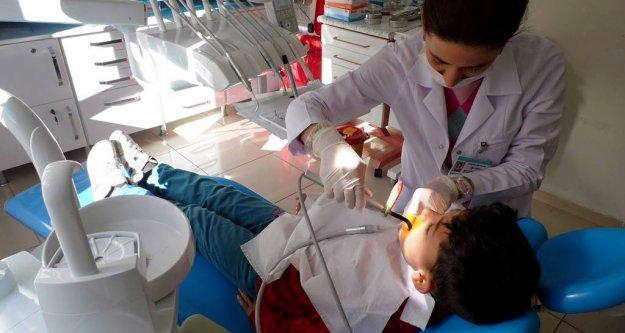 Gümüşhane'de çocuk diş kliniği açıldı