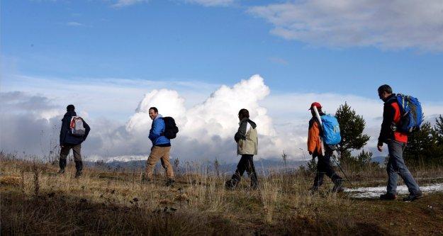 Gümüşhaneli Dağcılar Yeniyol Köyünde Yürüyüş Gerçekleştirdi