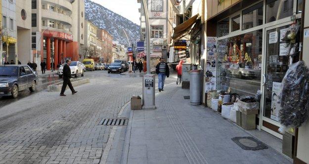 Gümüşhane Belediyesi kaldırım işgallerine son verdi