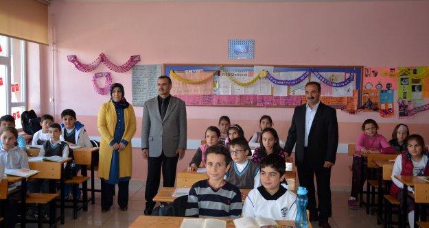 Kelkit Cumhuriyet İlkokulunda Kitap Okuma Projesi