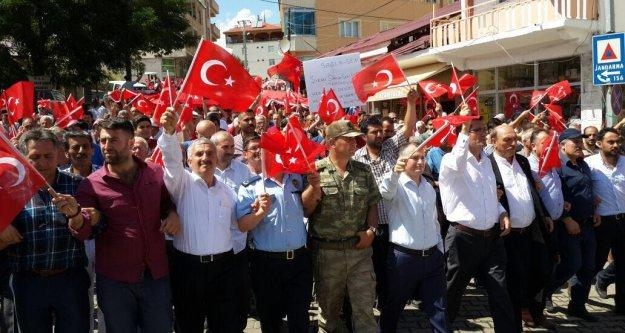 Şiran'da milli birlik ve beraberlik yürüyüşü