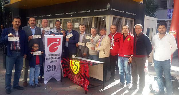 Gümüşhaneliler 29 bilet alarak Eskişehirspor'a destek verdi