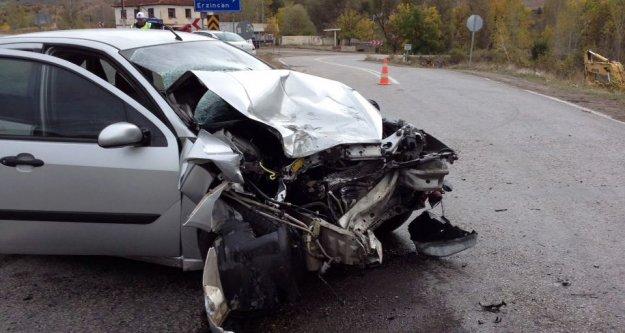 Pirahmet kavşağında kaza: 3 yaralı
