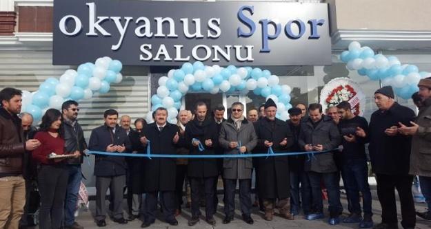 Kelkit'in İlk Modern Spor Salonu Hizmete Açıldı