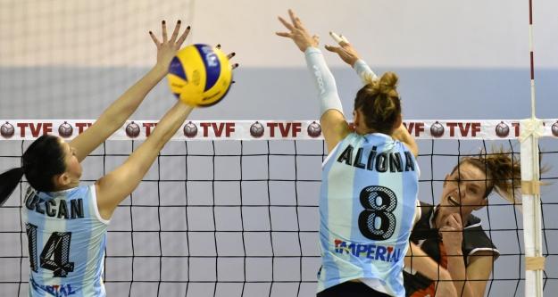 Gümüş Kızlar#39;dan süper galibiyet: 3-0