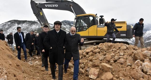 Torul Kalesinde çevre düzenlemesi çalışmaları başladı