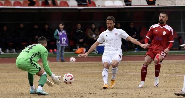 Gümüş seyircisiz ilk maçta kayıp: 0-1