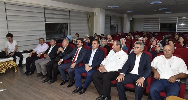 Birlik Vakfı'nın Osmanlıca kursu sona erdi