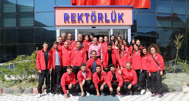 GÜ halkoyunları ekibi Bulgaristan yolcusu