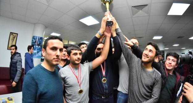 KYK Gümüşhane şampiyon oldu