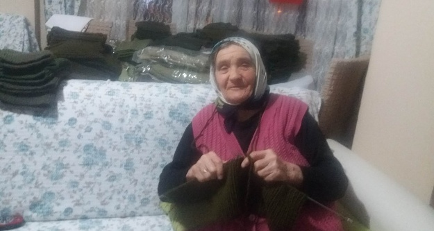 Afrin'deki askerler için el emeği göz nuru döktüler