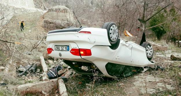 İkisu-Şiran yolunda kaza: 3 yaralı
