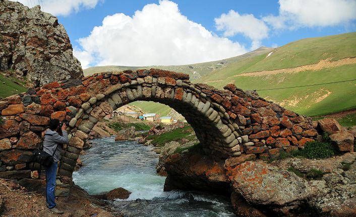Gümüşhane'de 557 yıllık Taşköprü Köprüsü onarılacak
