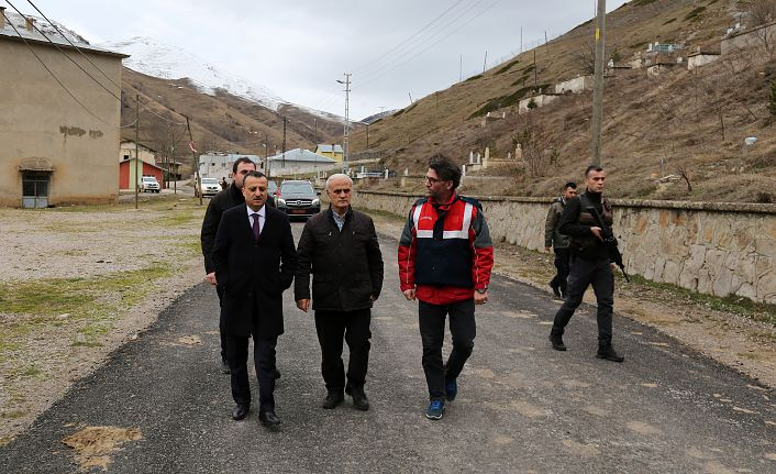 Vali Taşbilek ilk köy gezisini Yağmurdere vadisine gerçekleştirdi