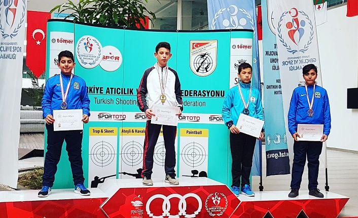 Yıldız atıcılardan şampiyonluklar
