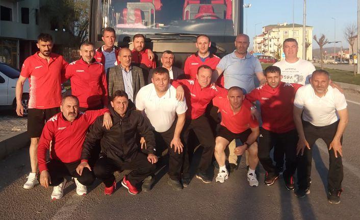 Gümüş Veteranlar Türkiye şampiyonası için yola çıktı