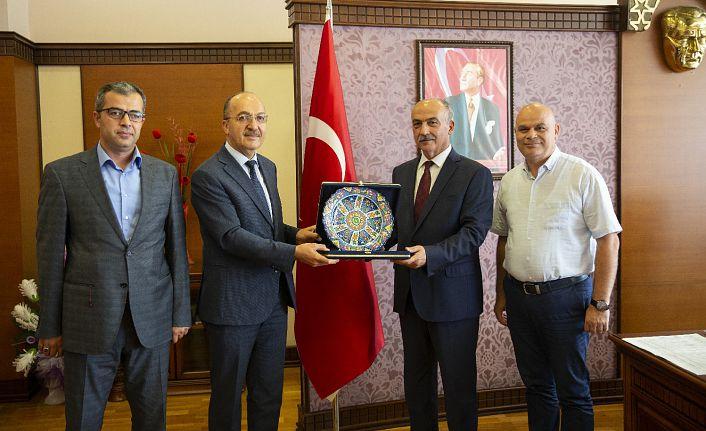 Rektör Zeybek'ten Giresun Üniversitesi Rektörüne Ziyaret