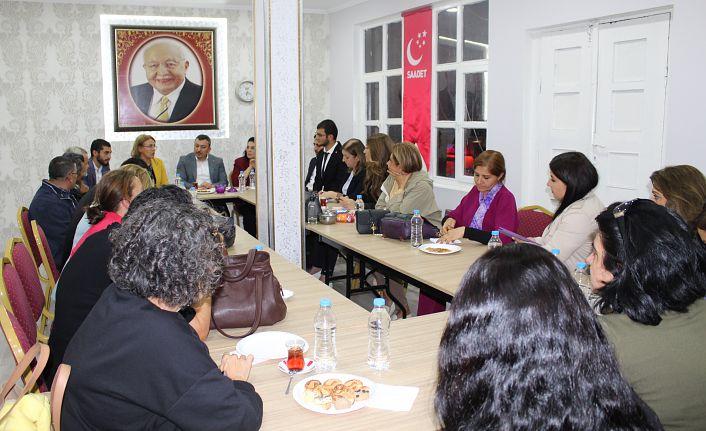 CHP Kadın Kolları Genel Başkanından Saadet'e ziyaret