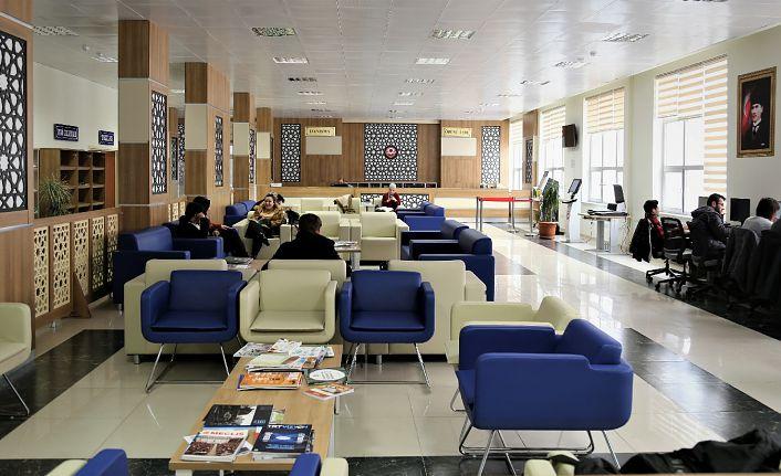 GÜ Kütüphanesi kalitesini artırmaya devam ediyor