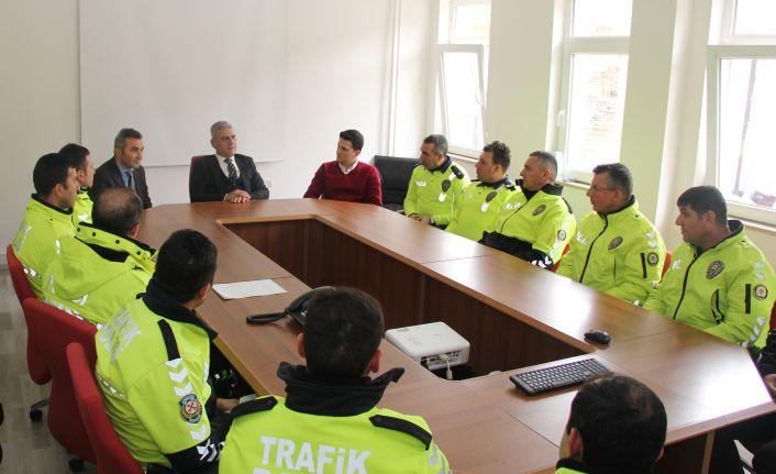 Trafik polislerine digital takograf eğitimi verildi