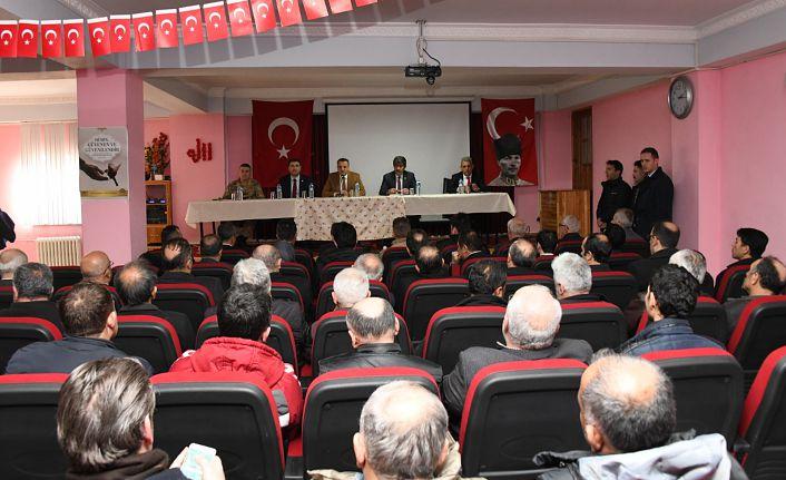 Torul'da devlet vatandaşıyla buluştu