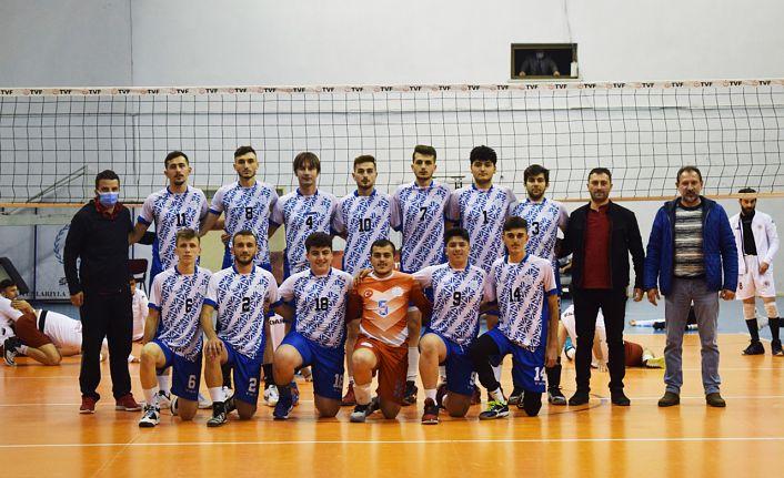 Torul Gençlik sahasında mağlup: 1-3