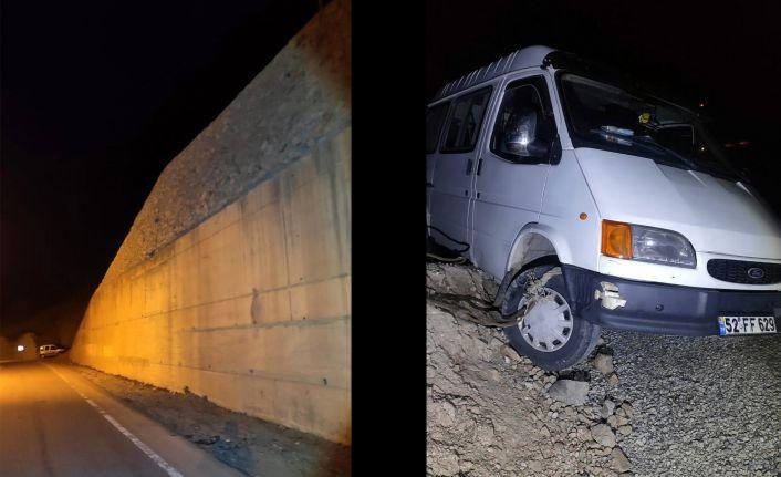 Kürtün'de trafik kazası: 1 yaralı
