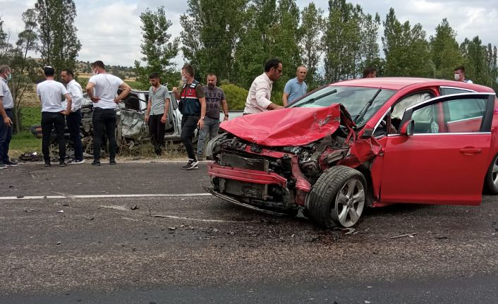 Gümüşhane'de trafik kazası: 1 ölü, 3 yaralı
