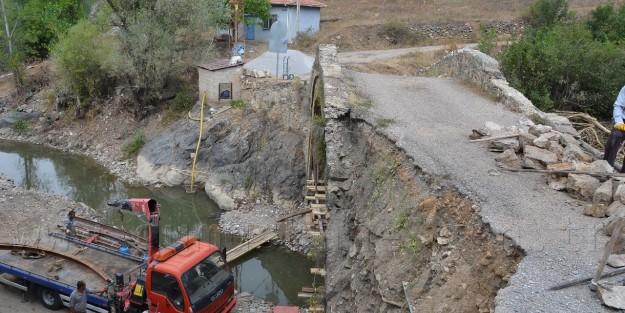 Kamberli Köprüsü Restore Ediliyor