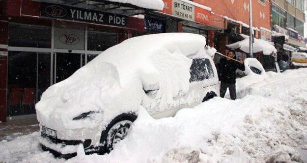 Kürtün'de kar felaketi