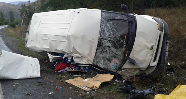 Pirahmet Kavşağında Yine Kaza: 4 Yaralı