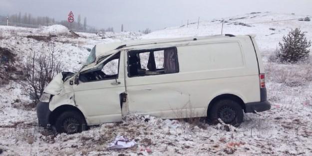 Şiran'da Trafik Kazası: 9 Yaralı