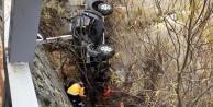 Torulda kamyonet harşit çayına uçtu: 2 yaralı
