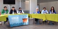 AK Gençlik Münazara Yarışması Düzenledi