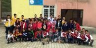 Köy okullarına diş fırçası ve diş macunu