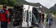 Torul#039;da trafik kazası: 13 yaralı
