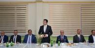 Vali Memiş Özel İdare çalışanlarıyla iftar yaptı