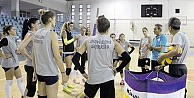 Gümüş Kızlar Turnuvalara Katılıyor