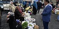Başkan Çimen, köylü pazarını ziyaret etti